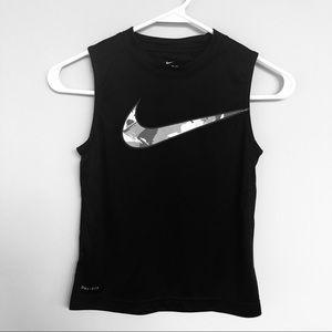 Nike dry fit sleeveless tee